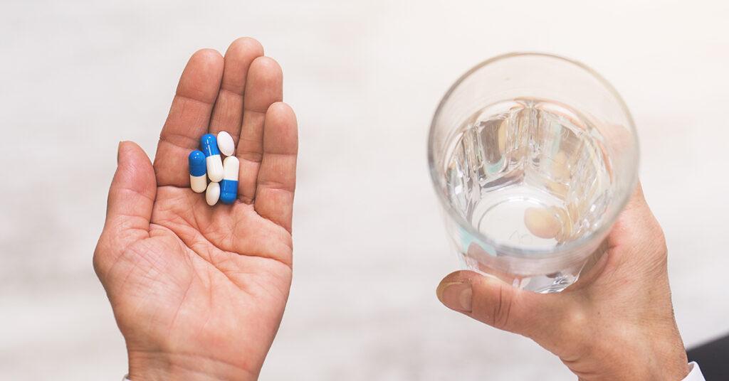 remedios-y-automedicarse-vs-especialidades-medicas-grupo-medico-rossano